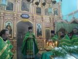 Богослужение в храме села Медведево